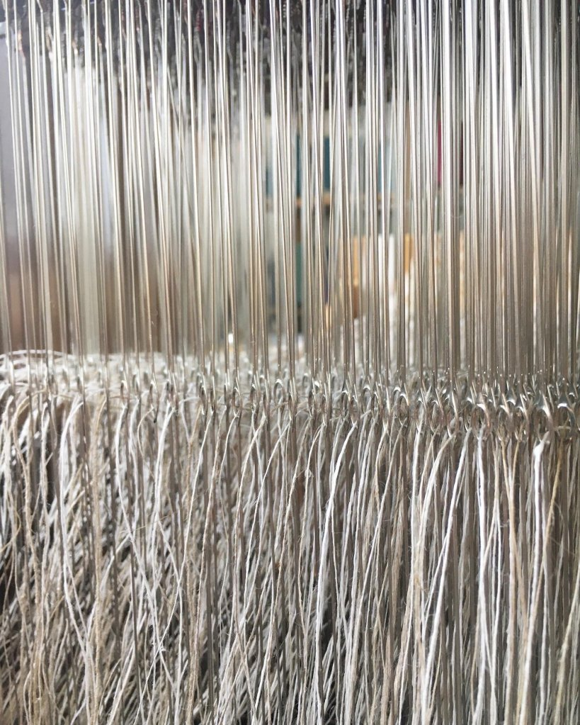 Linen threaded heddles